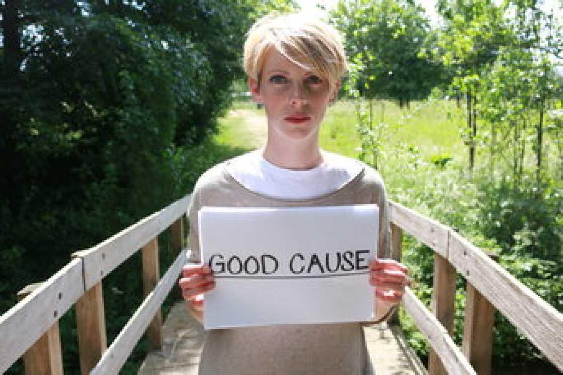 beneficienza, buona cause, good cause