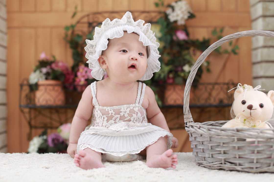 Baby kleertjes koop je op Kruimeltjesmode.nl